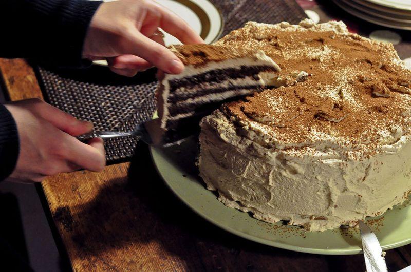 Slicing-Tiramisu-Cake